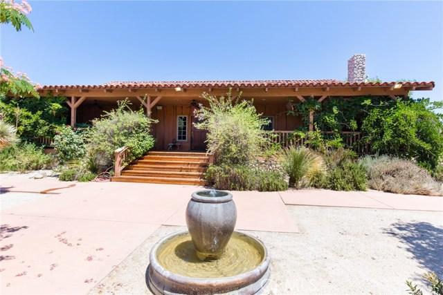 Casa Unifamiliar por un Venta en 33841 Rozich Road Agua Dulce, California 91390 Estados Unidos