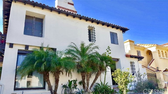 Single Family for Sale at 159 Detroit Street S Los Angeles, California 90036 United States
