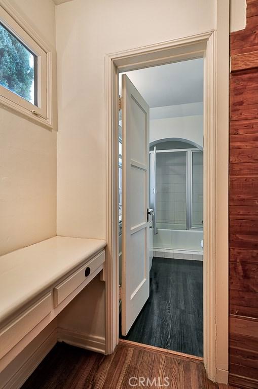 1522 Pandora Avenue, Westwood - Century City CA: http://media.crmls.org/mediascn/449ae5f9-3f9b-4675-a582-03b1378a8a78.jpg