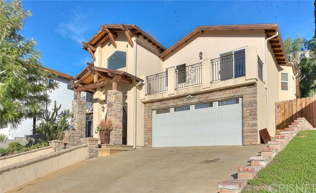 Photo of 5164 Don Pio Drive, Woodland Hills, CA 91364