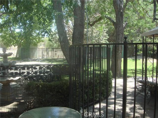 2011 Carson Mesa Road, Acton CA: http://media.crmls.org/mediascn/45091528-50c8-4476-9fef-e4be3e1d2e8e.jpg