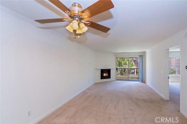 Photo of 5540 Owensmouth Avenue #210, Woodland Hills, CA 91367