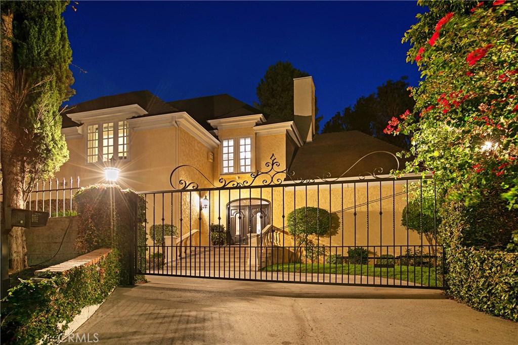 Photo of 3891 SEPULVEDA Boulevard, Sherman Oaks, CA 91403