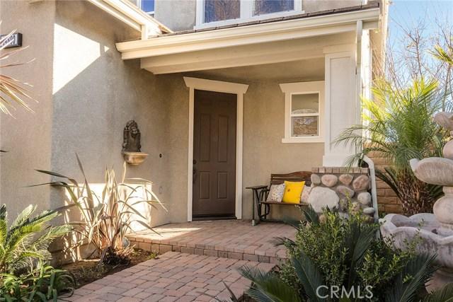 14690 Corkwood Drive, Moorpark CA: http://media.crmls.org/mediascn/46138ede-14d9-43b4-8018-581aa430a98c.jpg