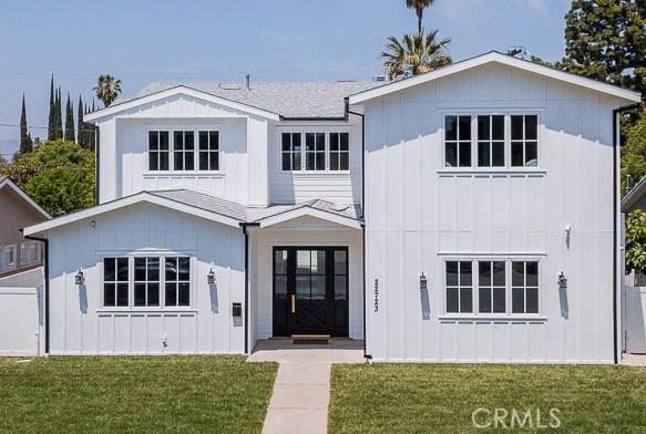 Photo of 22723 Burbank Boulevard, Woodland Hills, CA 91367
