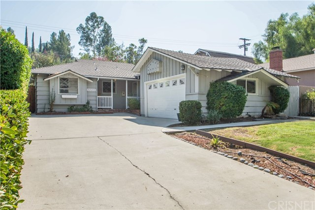22152 Del Valle Street  Woodland Hills CA 91364