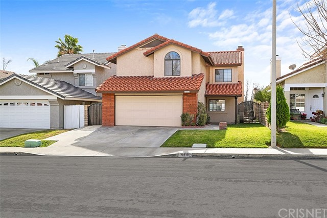 21612 Farmington Lane Saugus, CA 91350 - MLS #: SR18018717
