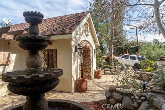 17219 Warrington Drive, Granada Hills CA: http://media.crmls.org/mediascn/465f66d4-05a2-417c-9276-e68556869157.jpg