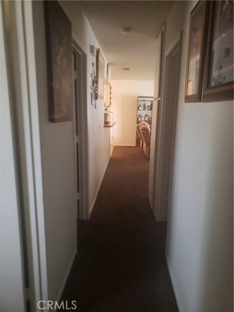 10105 E Avenue R6, Littlerock CA: http://media.crmls.org/mediascn/46a47566-c6d5-42b1-97ca-72ed58336f7f.jpg