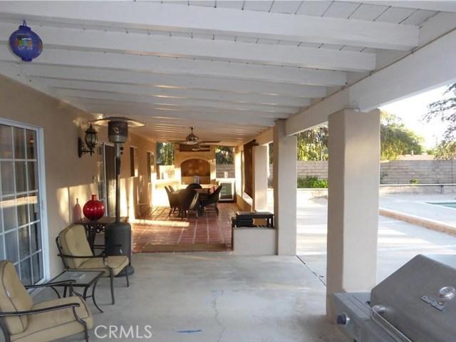 10701 Fullbright Avenue, Chatsworth CA: http://media.crmls.org/mediascn/46c15d81-cc5a-478d-add1-d39bec8c32c7.jpg