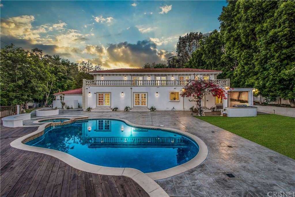 Photo of 18001 KAREN DRIVE, Encino, CA 91316