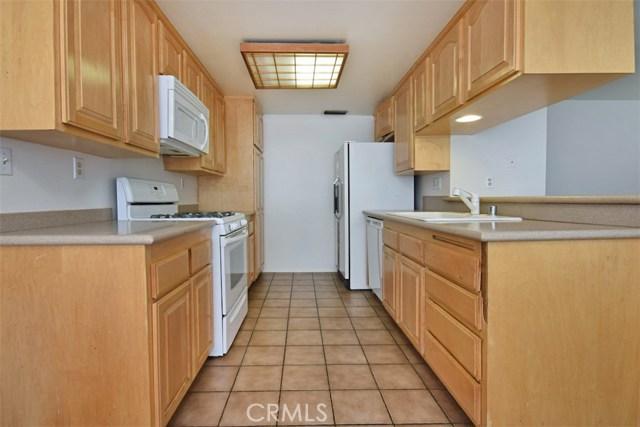 6221 1/2 Nita Avenue, Woodland Hills CA: http://media.crmls.org/mediascn/46fe0422-10b7-417c-86a5-42f9e6d0a14c.jpg