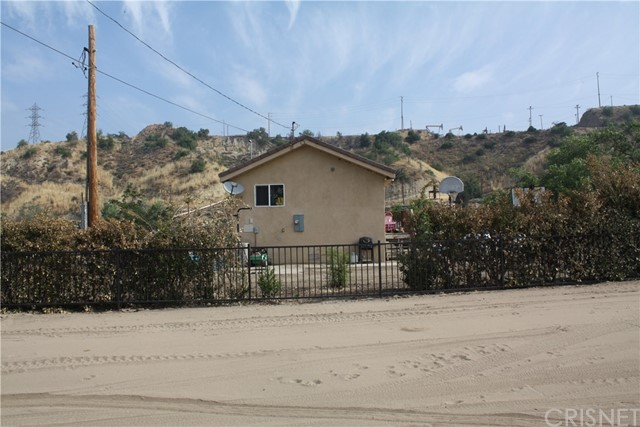 20581 Placerita Canyon Road Newhall, CA 91321 - MLS #: SR17118746
