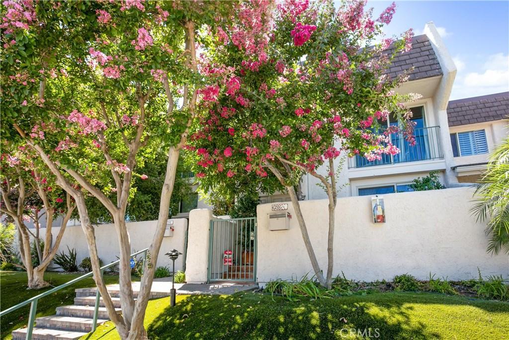 Photo of 6205 RANDI AVENUE, Woodland Hills, CA 91367
