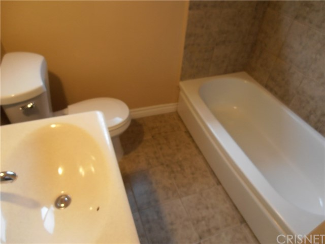 10819 Hayvenhurst Avenue Granada Hills, CA 91344 - MLS #: SR17112053