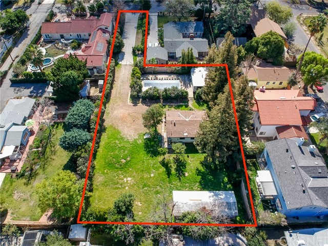 Single Family Home for Sale at 22947 Mariano Street 22947 Mariano Street Woodland Hills, California 91367 United States