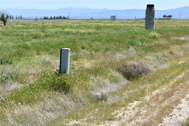 7000 Vac/Cor 70 Stw/Ave C12, Antelope Acres CA: http://media.crmls.org/mediascn/477c5c17-7433-44aa-ade2-634e9411ba0d.jpg