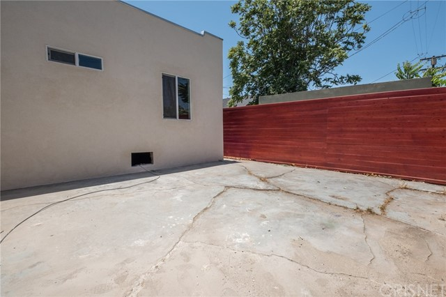 611 W 109th Place Los Angeles, CA 90044 - MLS #: SR17151391