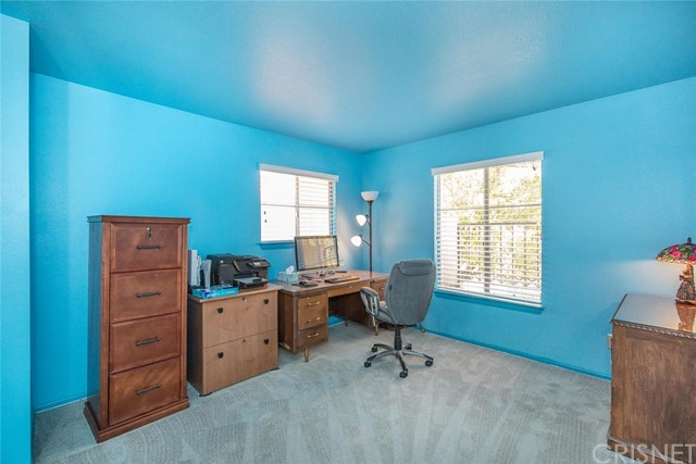 18602 El Dorado Court, Canyon Country CA: http://media.crmls.org/mediascn/47a012dd-dbec-4d64-8155-36090d5222d5.jpg