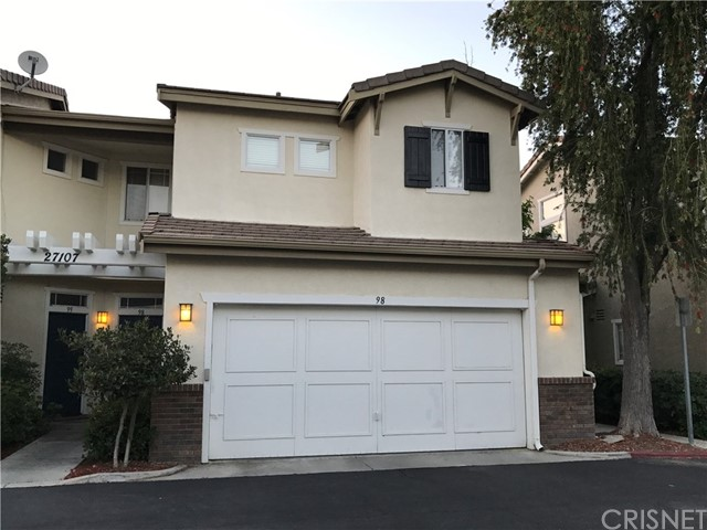 Townhouse for Rent at 27107 Teton Valencia, California 91354 United States