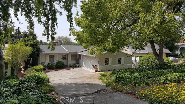 Property for sale at 9749 Cabanas Avenue, Tujunga,  CA 91042