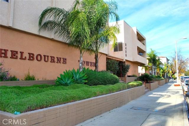 5429 Newcastle Avenue, Encino CA: http://media.crmls.org/mediascn/480b4089-ef2c-4aa5-8301-fe86e9ed391b.jpg