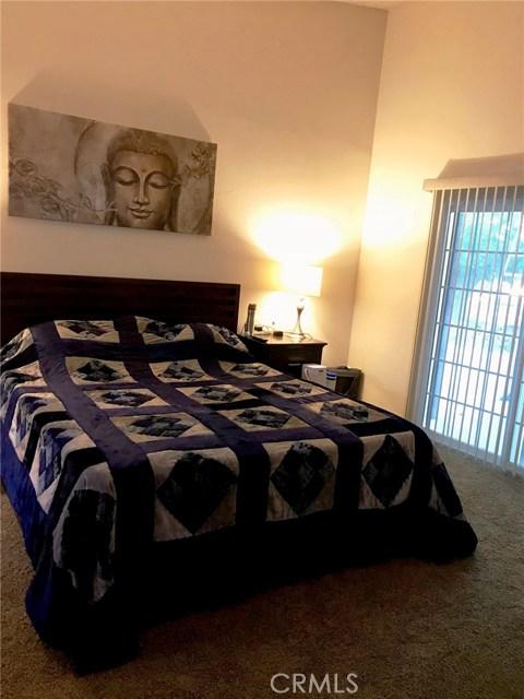 44116 Galion Avenue, Lancaster CA: http://media.crmls.org/mediascn/4840ad7d-ad66-411e-9a24-06a67af8e33e.jpg