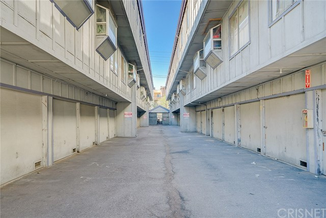 9342 Van Nuys Boulevard, Panorama City CA: http://media.crmls.org/mediascn/485d89a7-49a1-43d4-ab2f-d261af6df68b.jpg