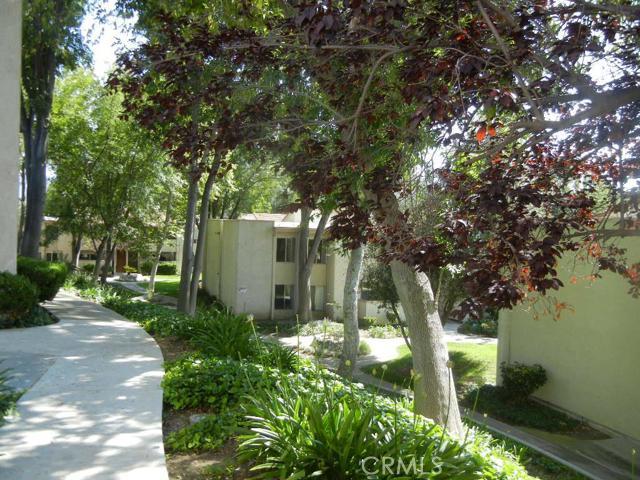 Condominium for Sale at 28915 Thousand Oaks Boulevard Unit 1014 28915 Thousand Oaks Boulevard Agoura Hills, California 91301 United States