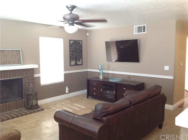 28314 Maxine Lane Saugus, CA 91350 - MLS #: SR17085725
