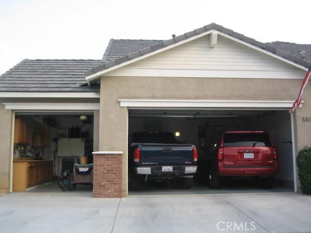 5800 W Avenue K14, Lancaster CA: http://media.crmls.org/mediascn/48fd0f98-1bd6-46f5-bbba-1b2ebe3cfbbe.jpg