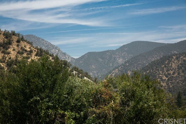 15312 Mil Potrero, Pine Mtn Club CA: http://media.crmls.org/mediascn/49072967-1269-4e1b-898d-328f9e2d977a.jpg