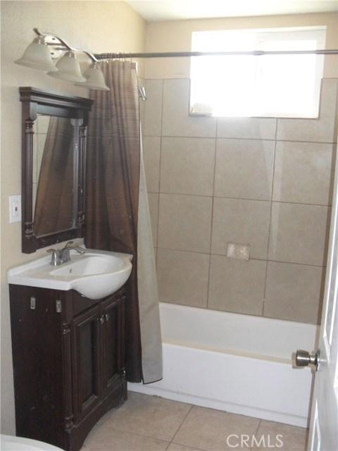 独户住宅 为 销售 在 24128 Joshua Avenue Boron, 加利福尼亚州 93516 美国