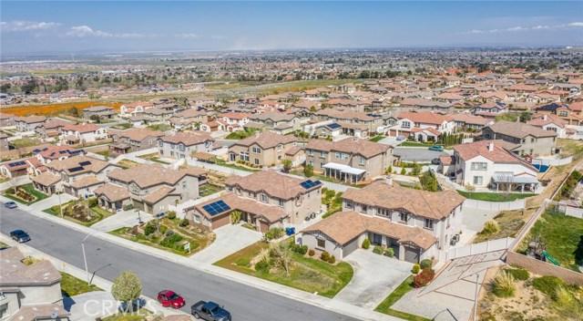 41630 Chardonnay Avenue, Lancaster CA: http://media.crmls.org/mediascn/49983c8e-33ad-462d-a791-3c3d738c8ccc.jpg