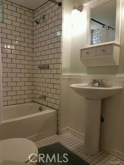 23327 IDA Place, Chatsworth CA: http://media.crmls.org/mediascn/49a492e4-8eda-4ff3-b677-b7f0428d7bbf.jpg