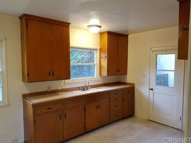 2374 Barton Lane Montrose, CA 91020 - MLS #: SR17139086