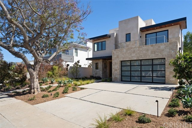 3253 Mountain View Los Angeles CA 90066