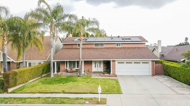 23064 Enadia Way, West Hills CA: http://media.crmls.org/mediascn/49ec24be-6a66-42ea-b403-ea248ea65235.jpg
