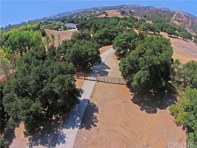 30740 Burlwood Drive Castaic, CA 91384 is listed for sale as MLS Listing SR16724072