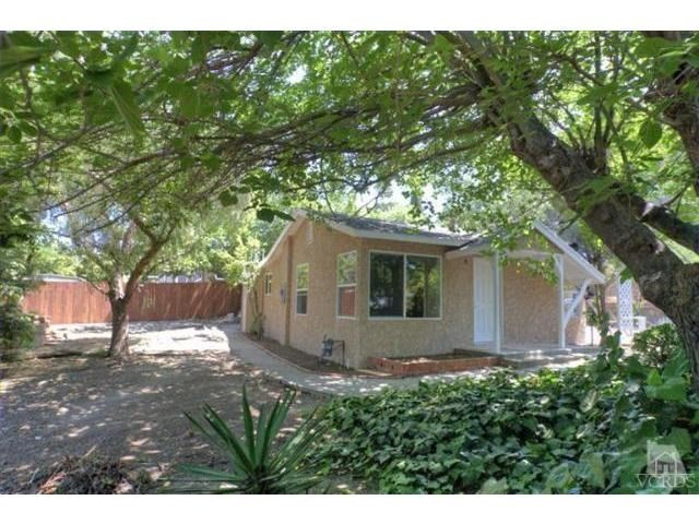 Single Family Home for Rent at 252 Manzanita Lane Thousand Oaks, California 91361 United States