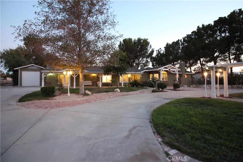 2738 W AVENUE M4, Palmdale, CA 93551