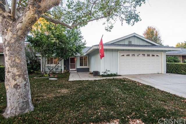 Property for sale at 25150 Markel Drive, Newhall,  CA 91321