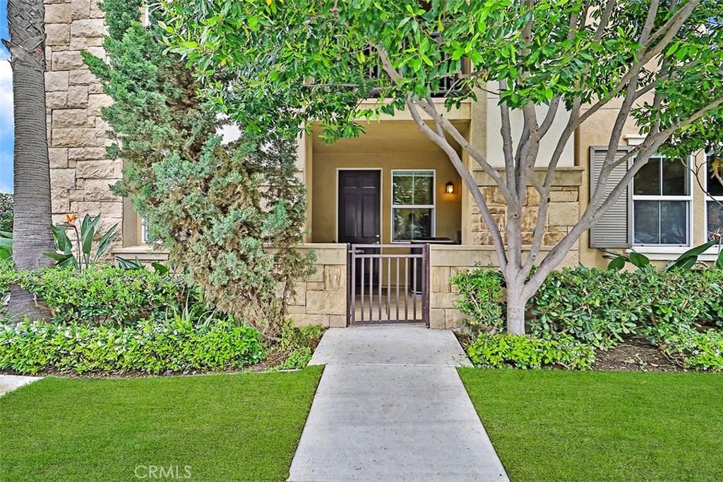 208 RIVERDALE Court, 703, Camarillo, CA 93012