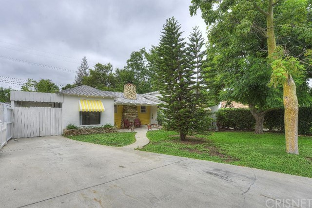 22857 Leonora Drive, Woodland Hills CA 91367