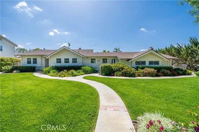 1408 Strawberry Hill Road, Thousand Oaks CA: http://media.crmls.org/mediascn/4c4ae5d4-3700-4b49-9aa5-239201aa0e18.jpg