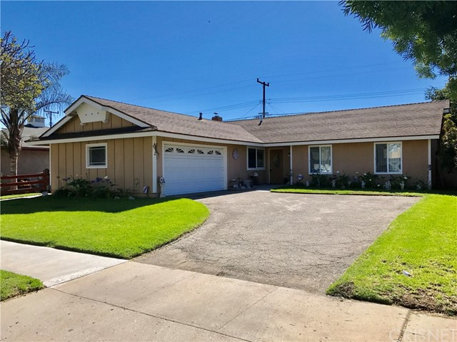 Single Family Home for Sale at 1030 Ivywood Drive Oxnard, California 93030 United States