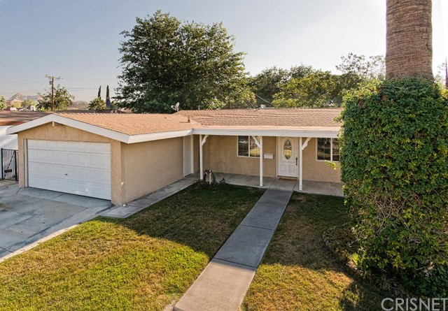 Property for sale at 27233 Marchland Avenue, Canyon Country,  CA 91351