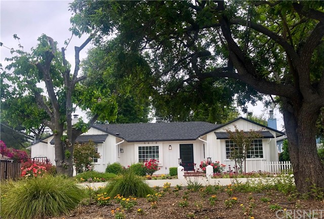 Photo of 5818 Oakdale Avenue, Woodland Hills, CA 91367