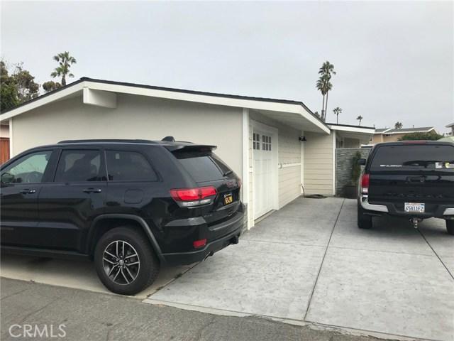 1238 1240 Devon Lane, Ventura CA: http://media.crmls.org/mediascn/4c8c6e8d-9845-461c-8250-0c62c50b8bc5.jpg