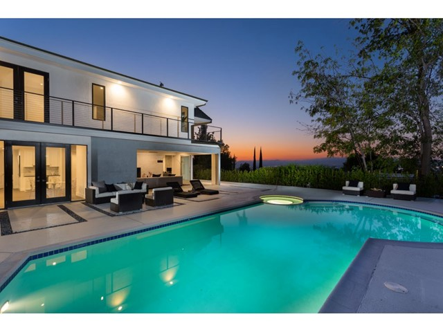 4020 Alonzo Avenue, Encino CA 91316